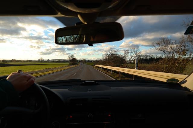 výhled z jedoucího auta