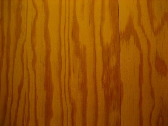 Dřevěný povrch nábytku